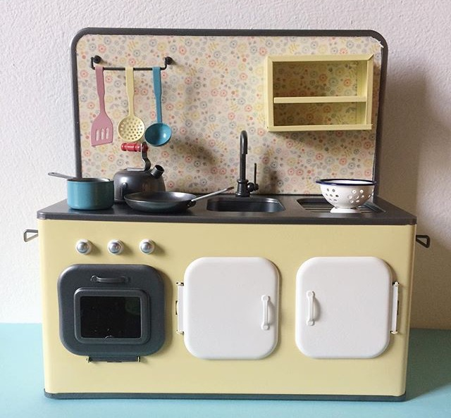 Maileg Retro White Metal Kitchen