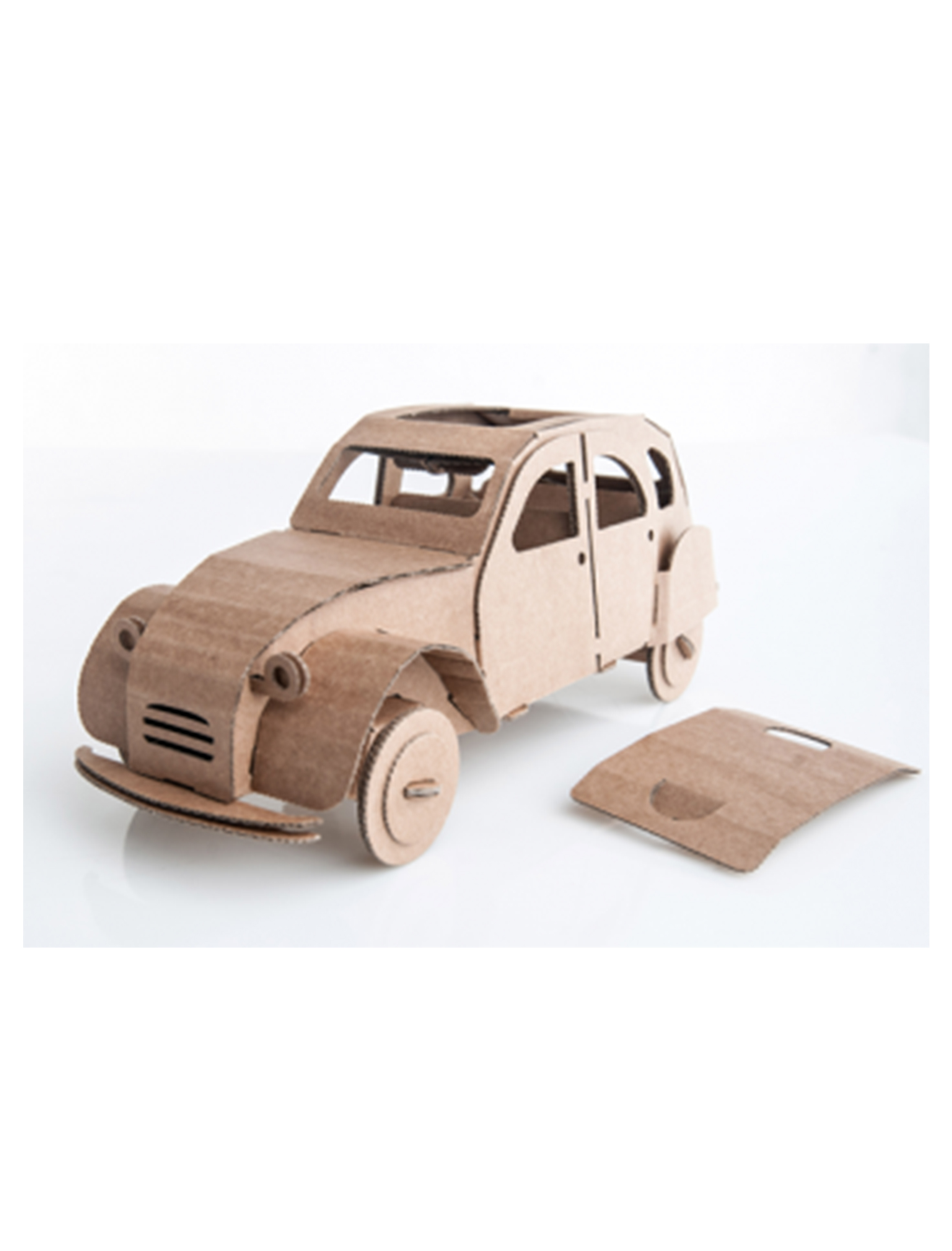 Tin Snail Car Natural